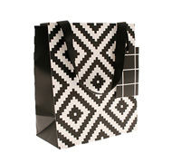 gift bag - medium - aztec black
